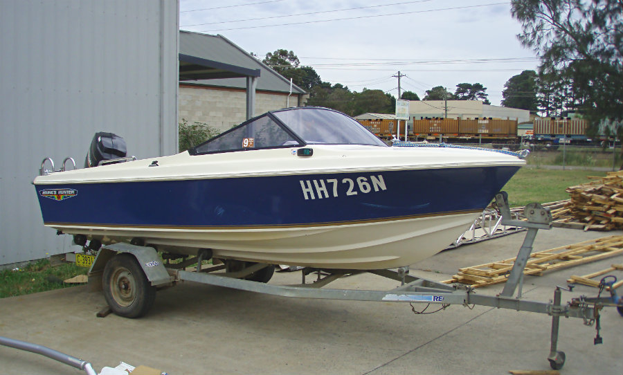1983 Haines Hunter 16R 1001