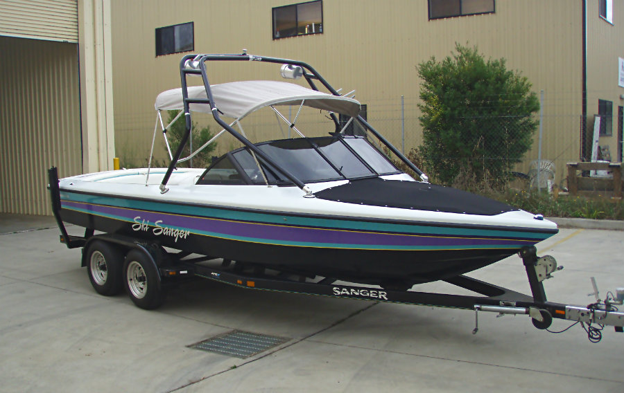 Sanger dlx ski wake boat 1998 apex marine for 13th floor wakeboard tower